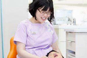 にしお歯科には女医が在籍しています。